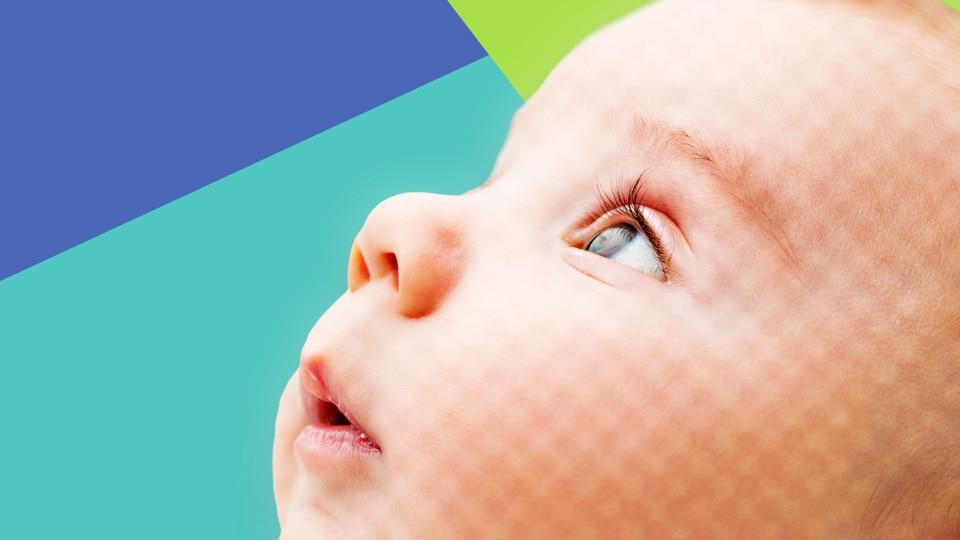 wie weit sieht ein baby