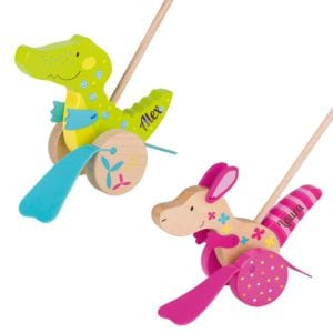 Holzspielzeug für Kinder ist sehr beliebt, besonders wenn es so niedlich ist wie diese Schnabeltierchen.