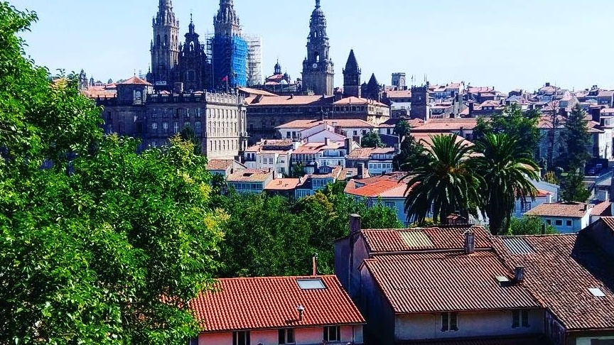 Santiago de Compostela, die Hauptstadt Galiziens, ist vor allem als Wallfahrtsort bekannt